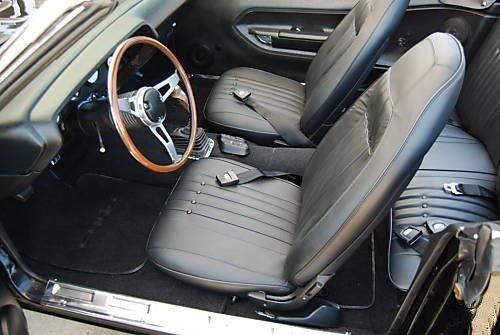 1971-cuda-interior